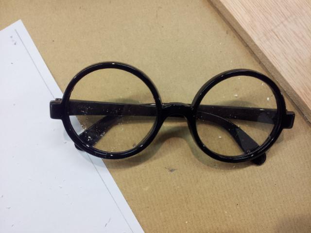 Como hacer unas gafas steampunk – Real props & 3D digital